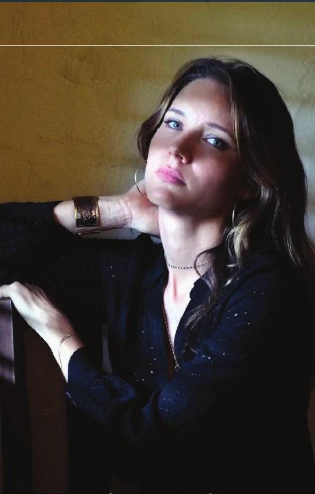 Hannah king gabriel byrne dating apps 5